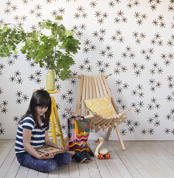DIY Starbust Wallpaper from Stamp Stencil Paint DesignSponge 700x716