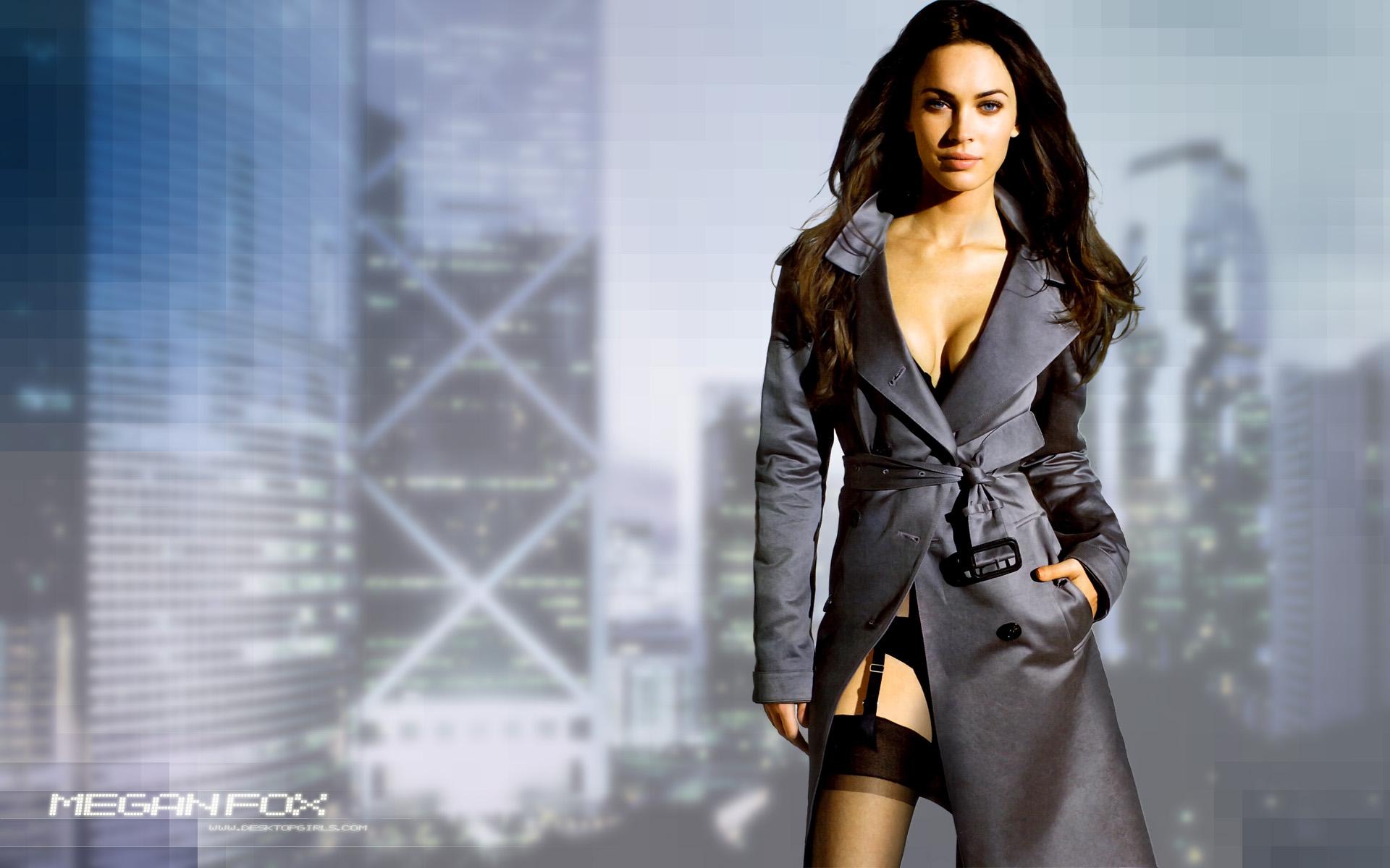 Megan Fox Actor Celebrity Wallpaper Celebrities Wallpaper Background 1920x1200