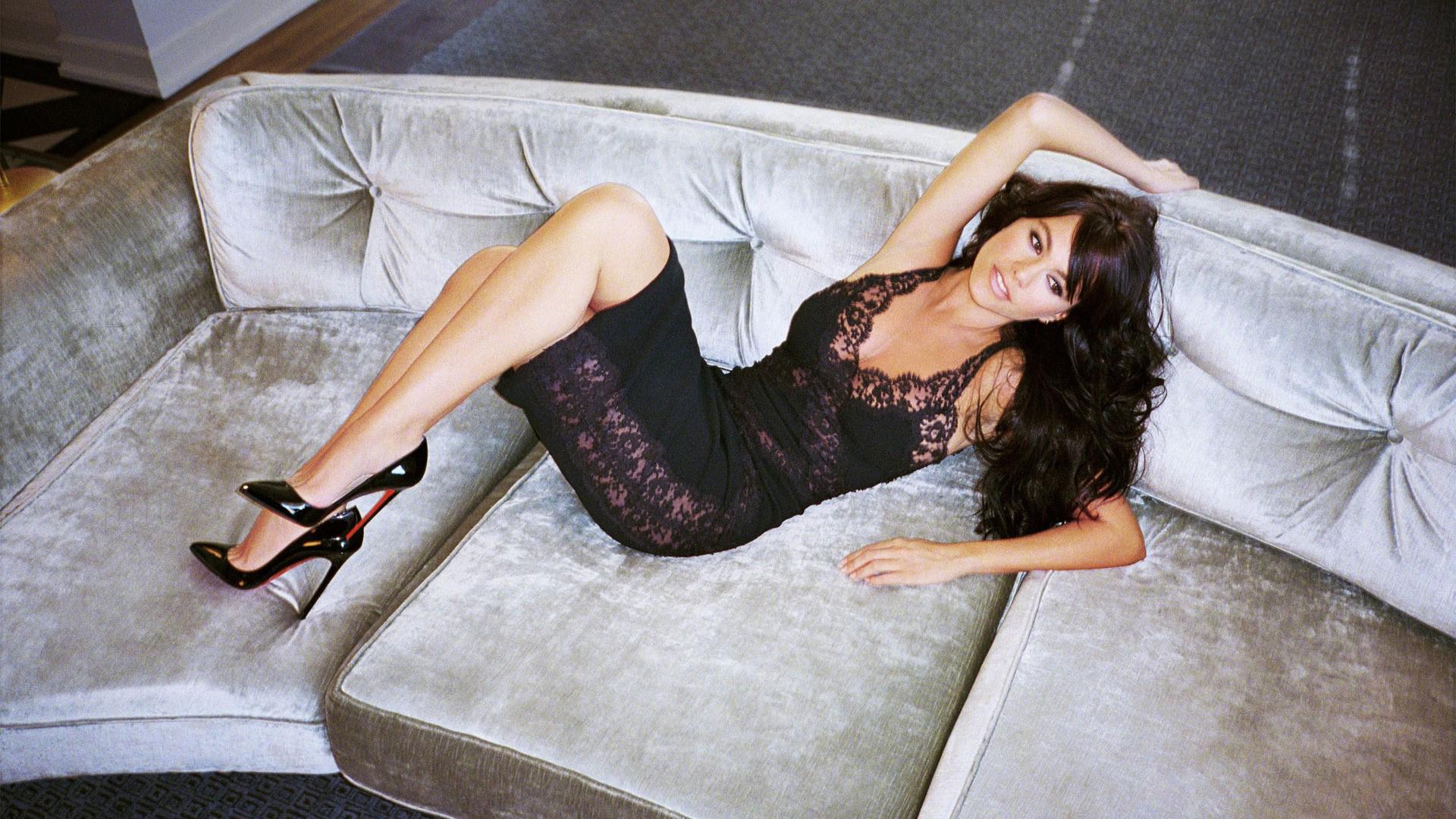 Sofia Vergara women dress actresses high heels Latina Columbia 1920x1080