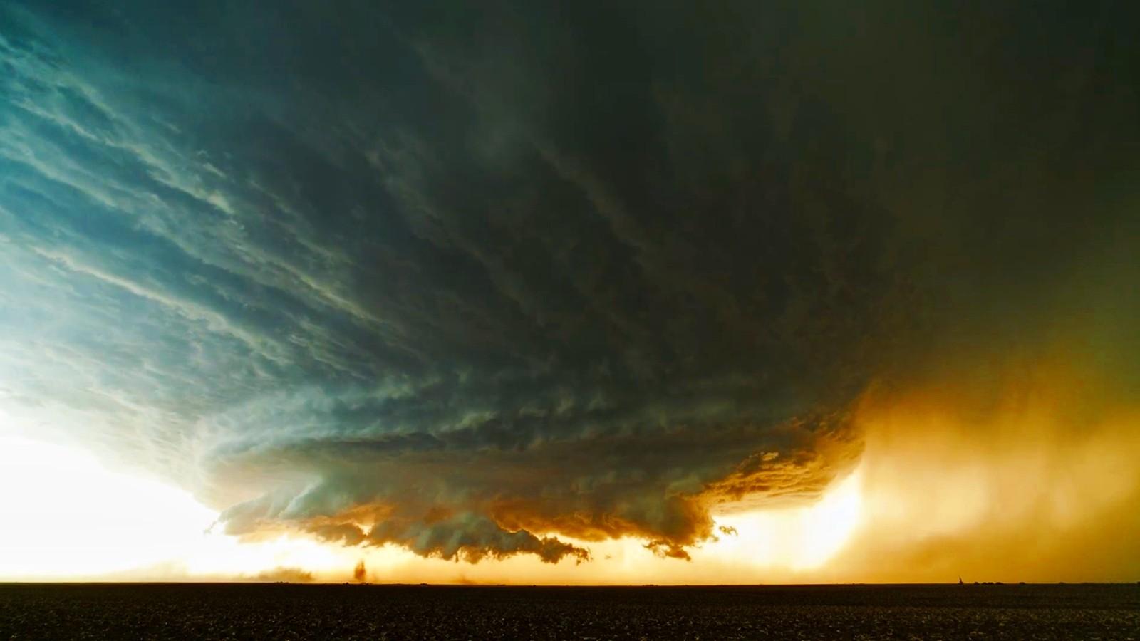 Tornado Sunset   Wallpaper 43792 1600x900
