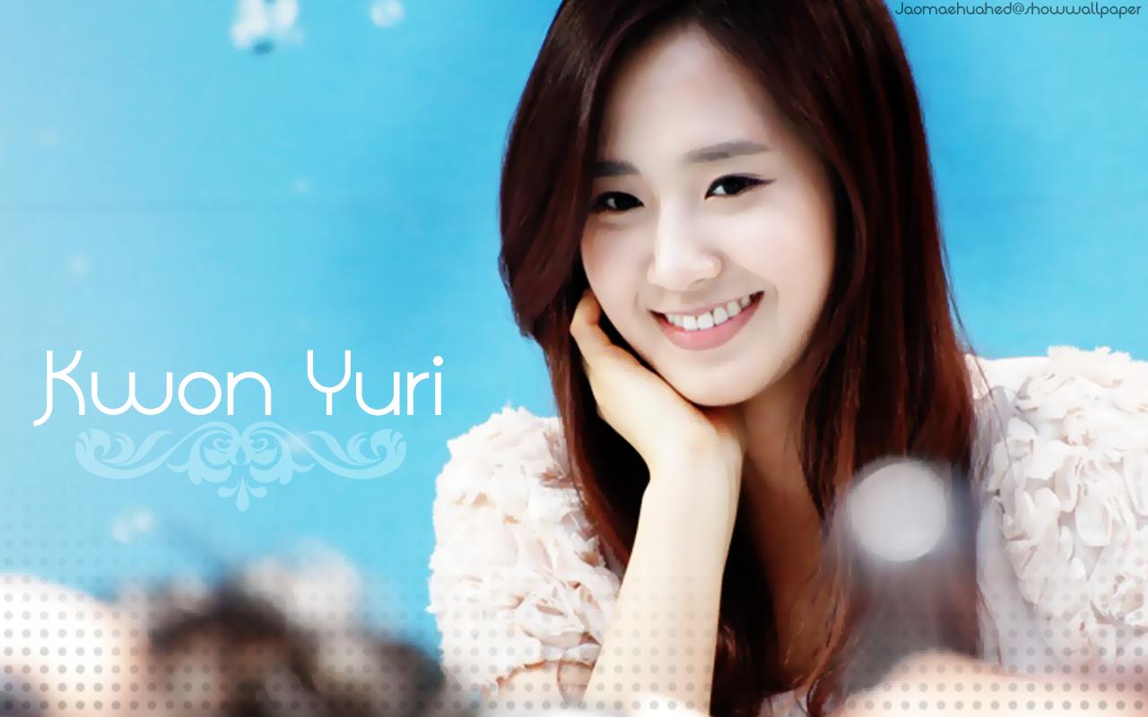 Free Charmian Chen Best Kwon Yu Ri Wallpaper