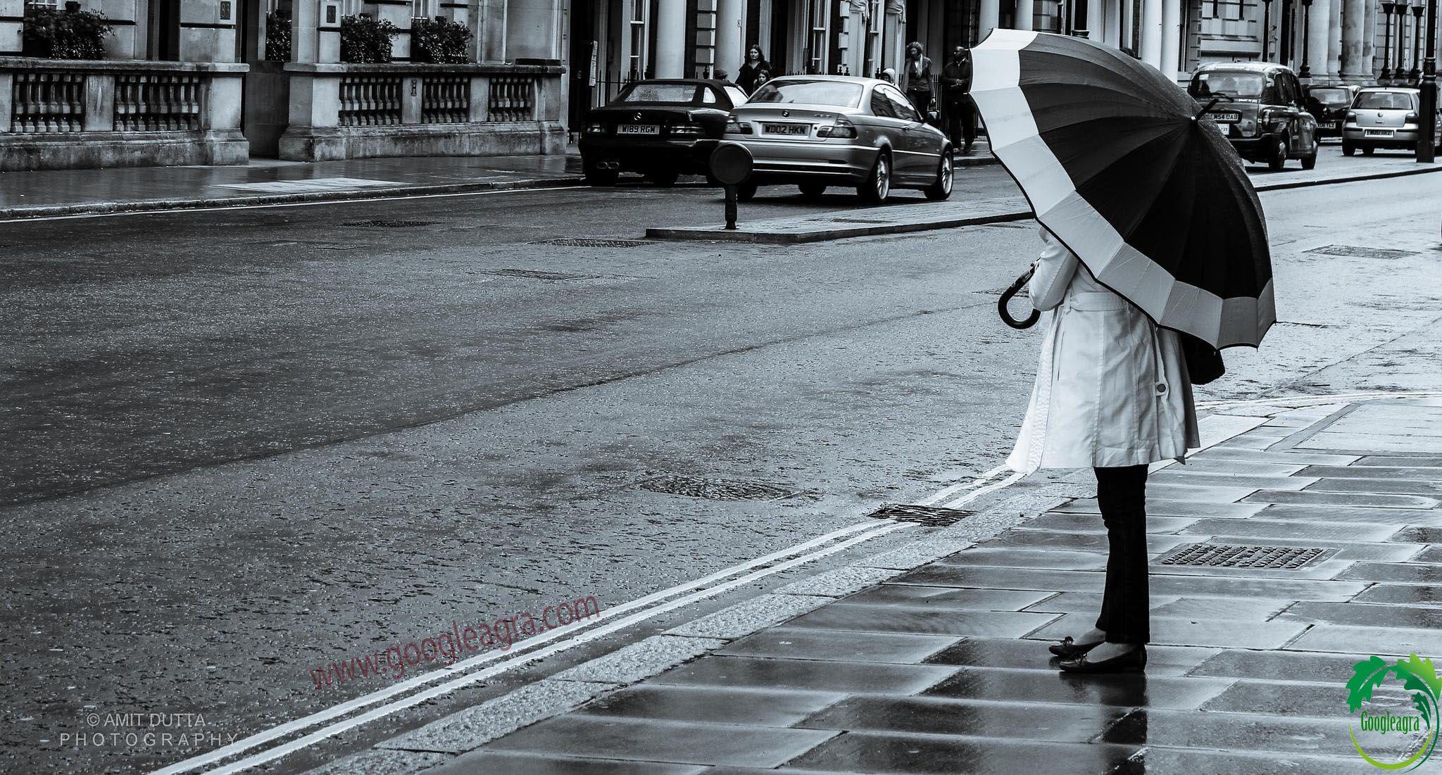 Girl Waiting for someone hd wallpaper wwwgoogleagracom Love hd 2048x1101