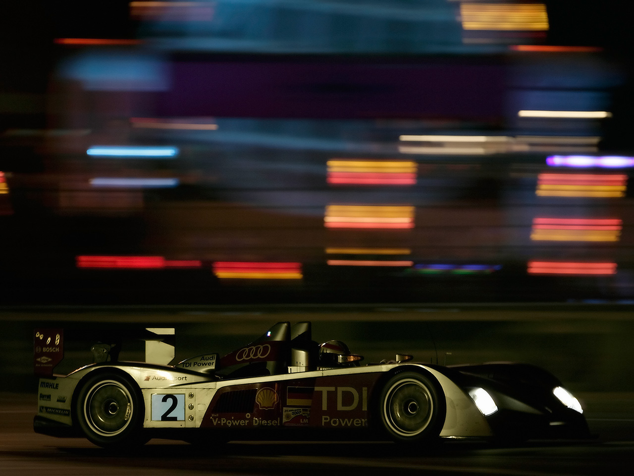 Audi Lemans Wallpaper 1280x960 ID30340   WallpaperVortexcom 1280x960