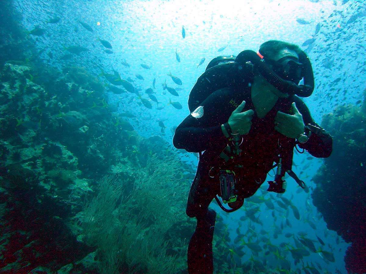 What Are the Dangers of Scuba Diving?