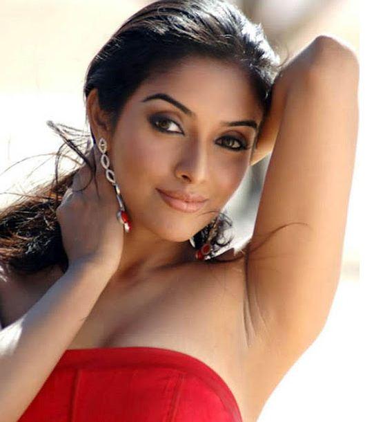 South Indian Actress Hot HD Wallpapers ARTIST 271 542x610