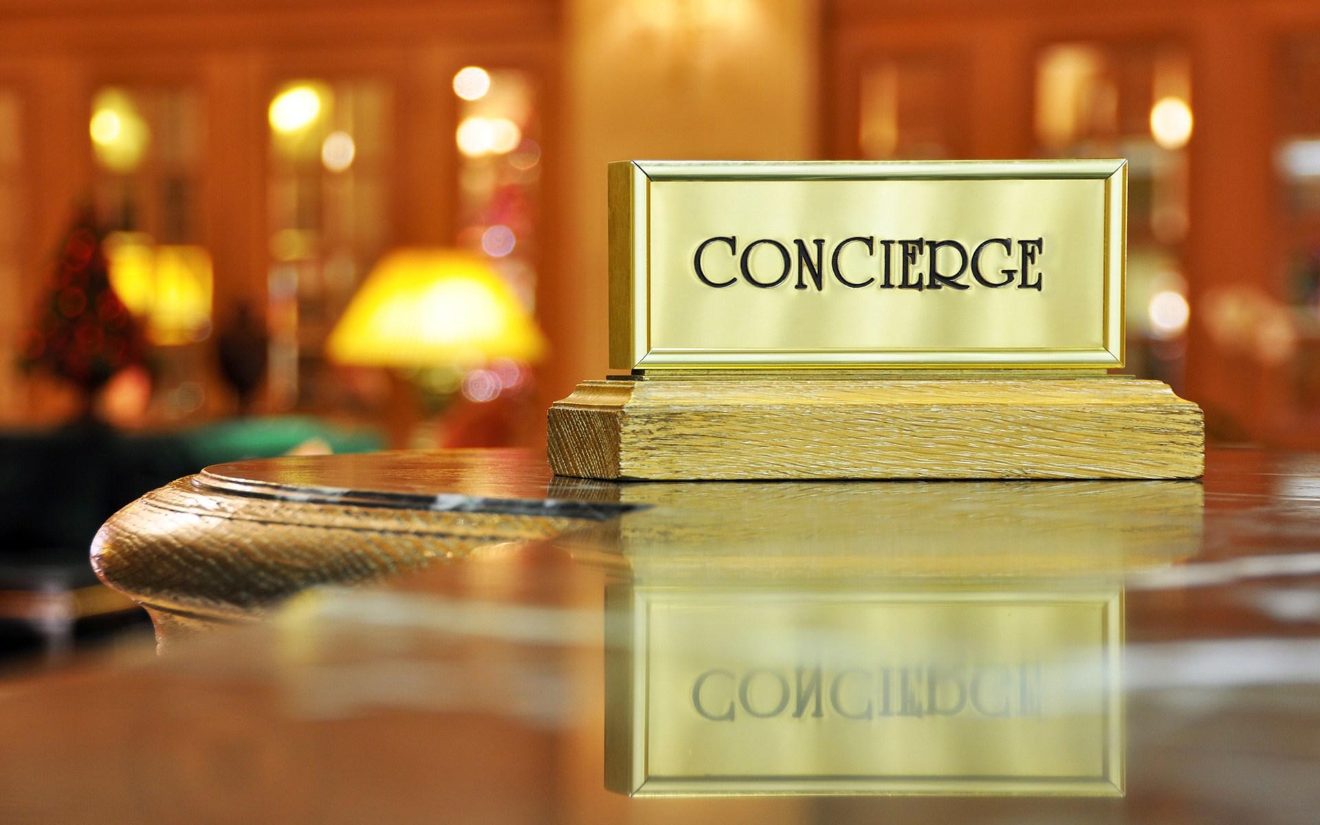 Concierge desk 1   whatsongreece blog 1920x1200