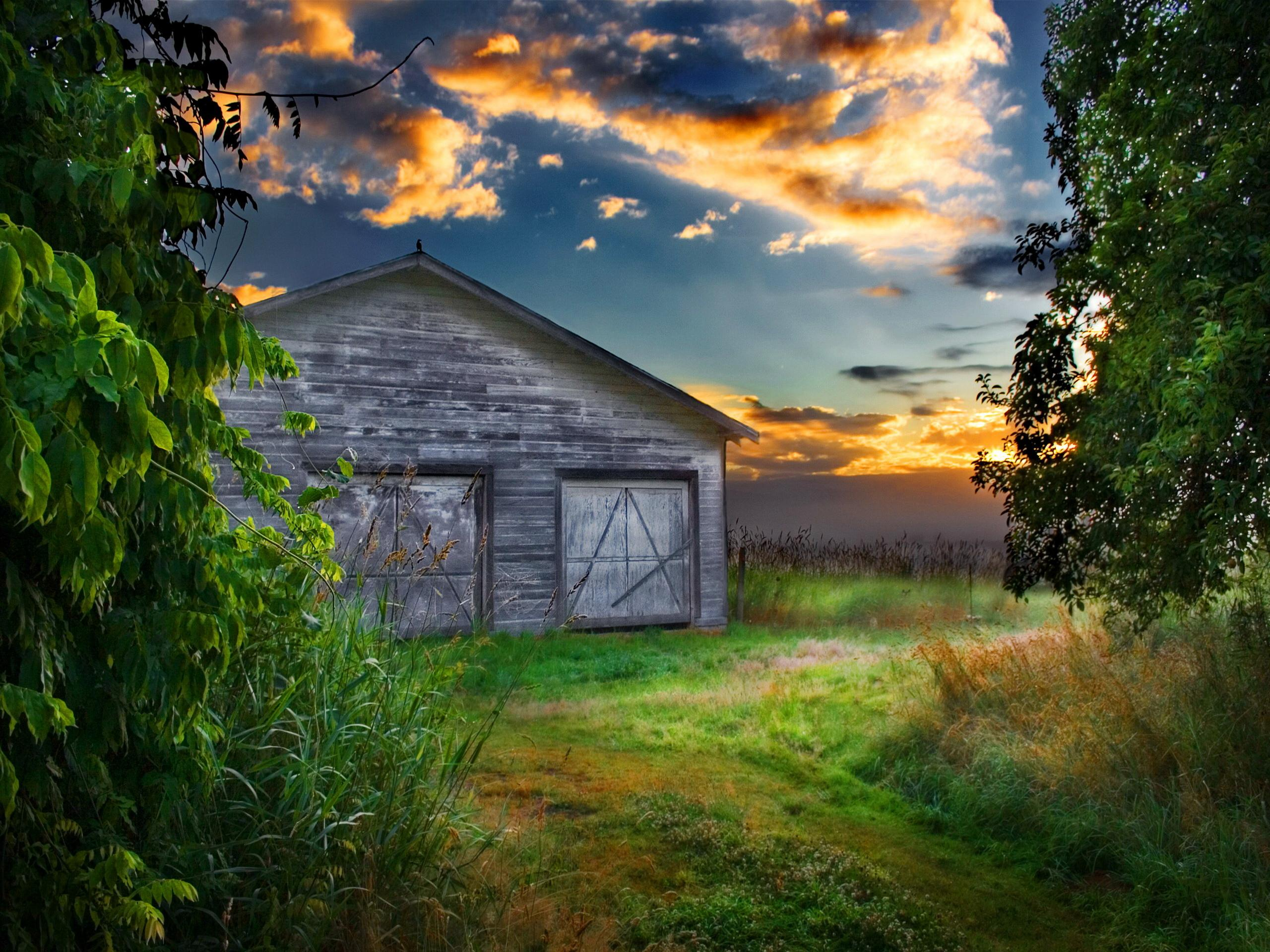 Lonely Old Barn At Sunset Hd Wallpaper Wallpaper List 2560x1920