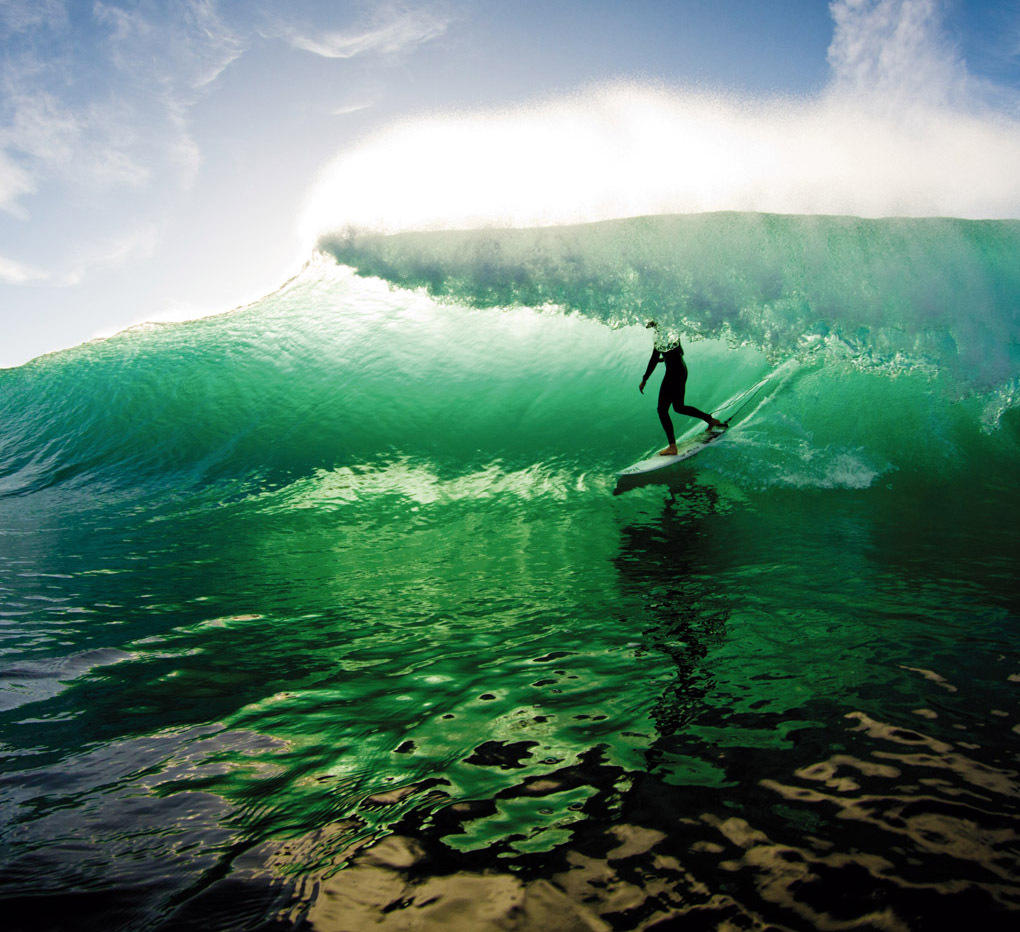 Waves Wallpapers: Cool Surfer Wallpapers