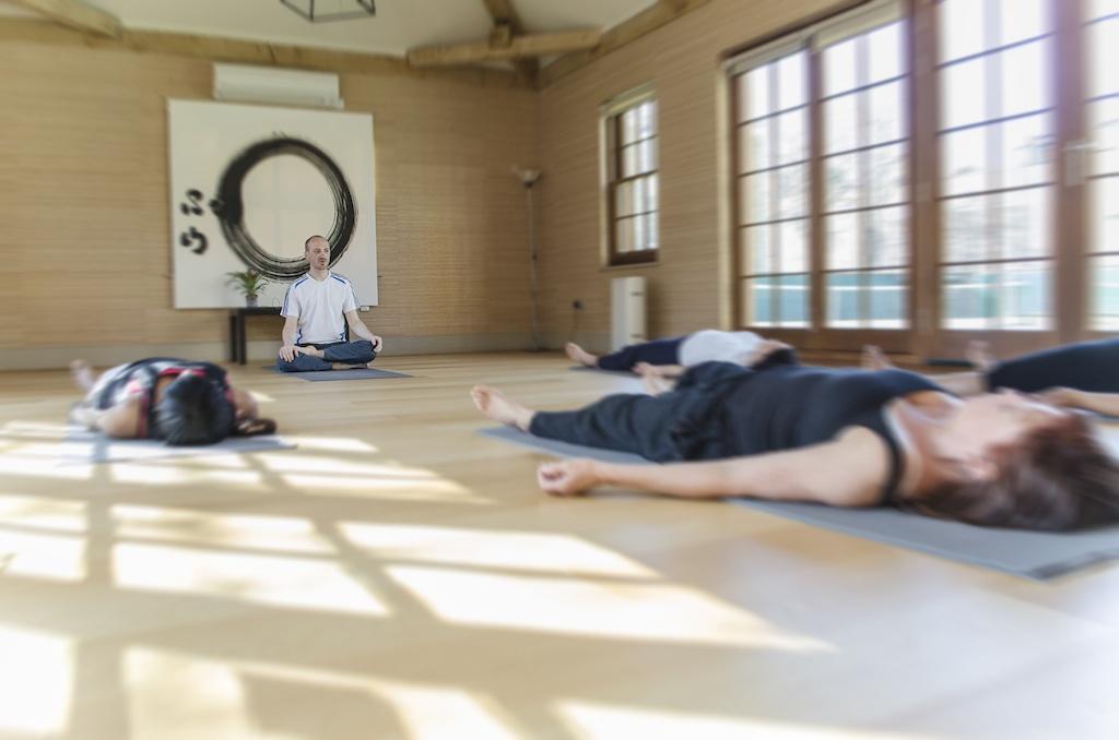 zen yoga 1024 1024x678