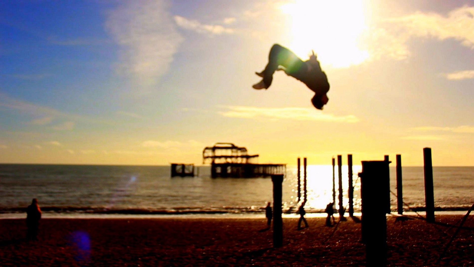 Awesome parkour wallpaper   IBackgroundsNet 1901x1070