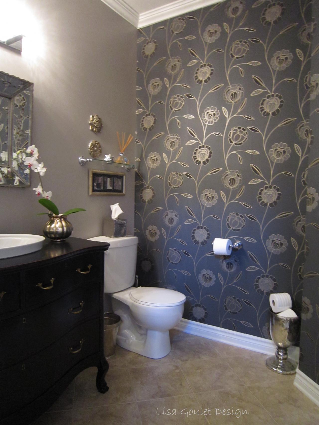 [48+] Bathroom Wallpaper for Small Rooms on WallpaperSafari