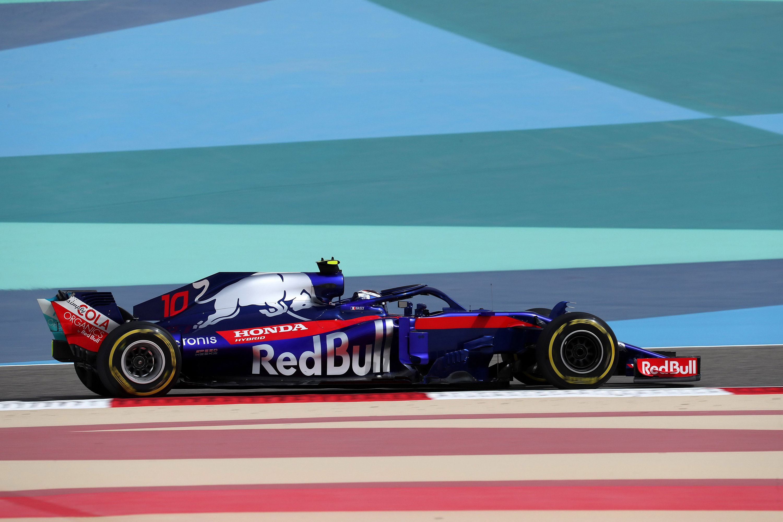 2018 Formula1 Toro Rosso STR13 V5 2000 HD Wallpaper Background 3000x2000