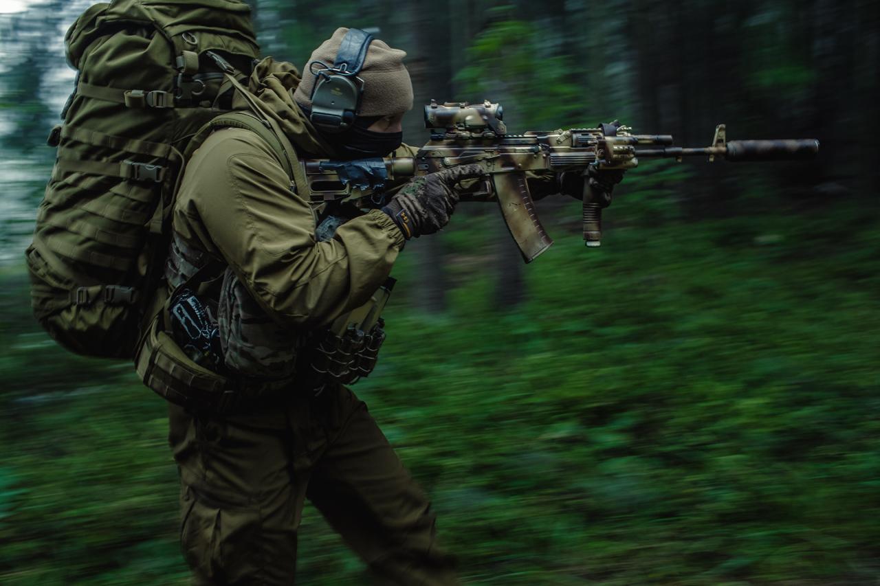 special forces carabine wallpapers for desktop SAS wallpaper 1280x853