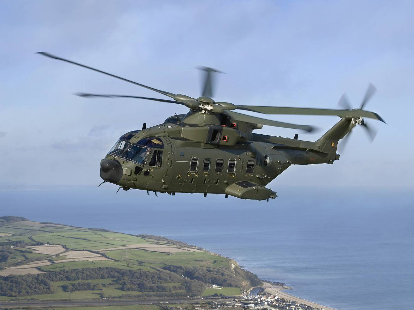 Tag Agusta Westland AW101 Transport Helicopter Wallpapers Images 1600x1200