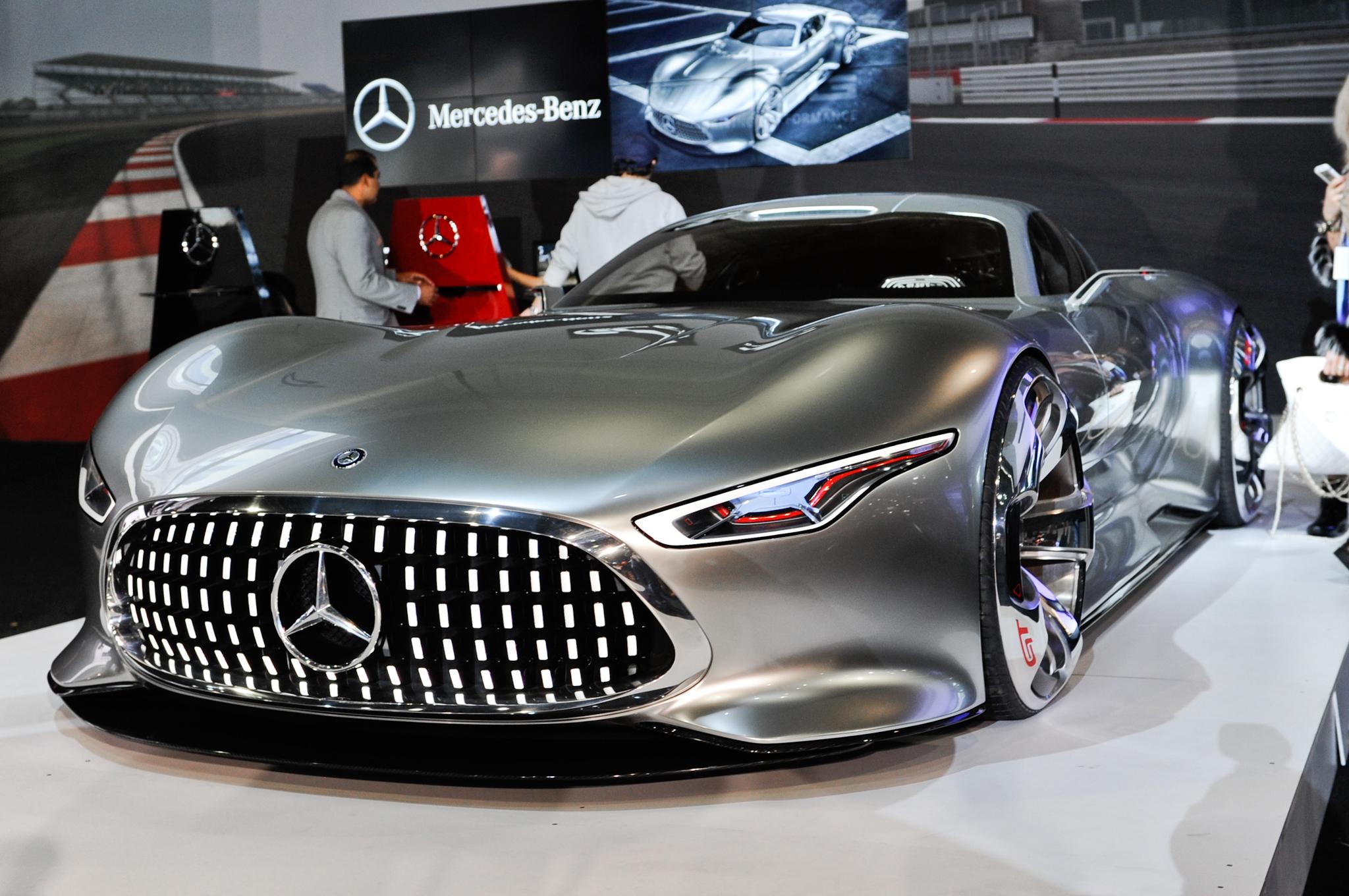 Mercedes Amg Vision Gran Turismo Interior 2048x1360