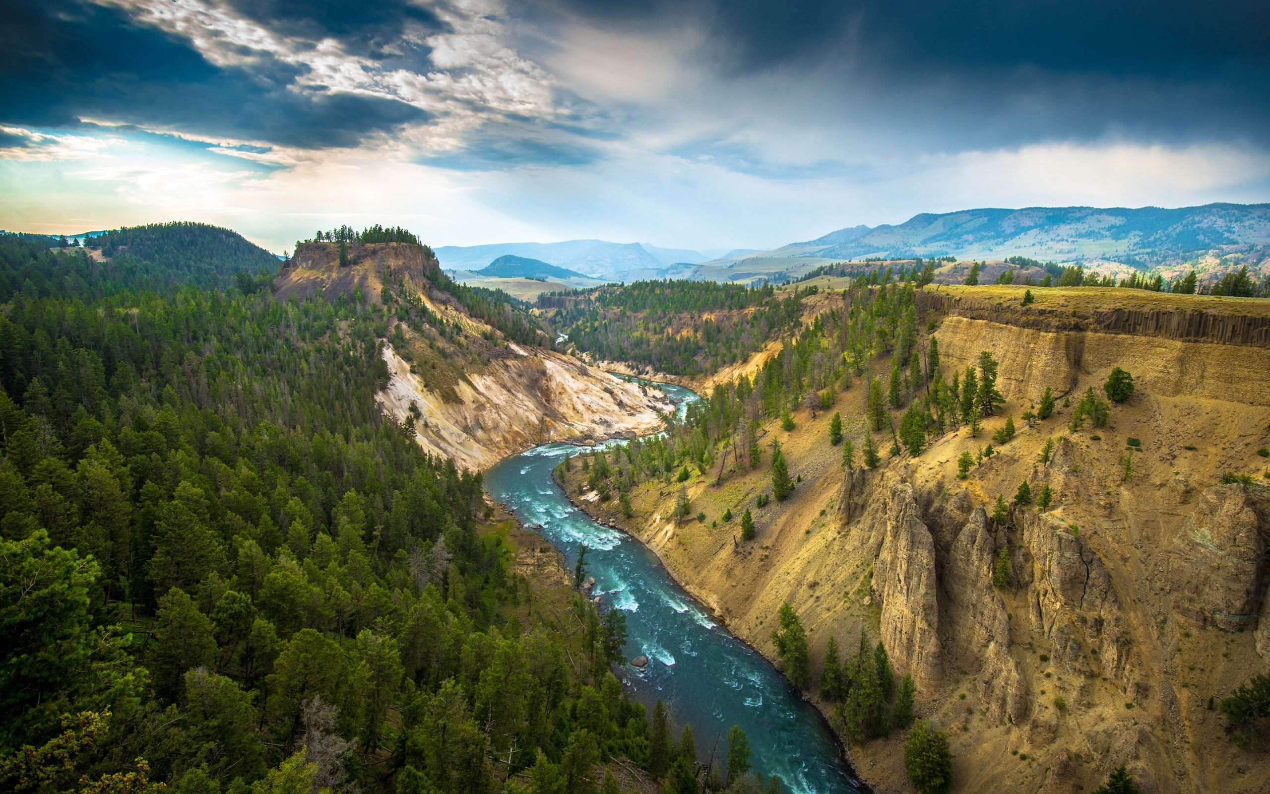 Yellowstone National Park Wallpaper For Desktop Mobile 2560x1600