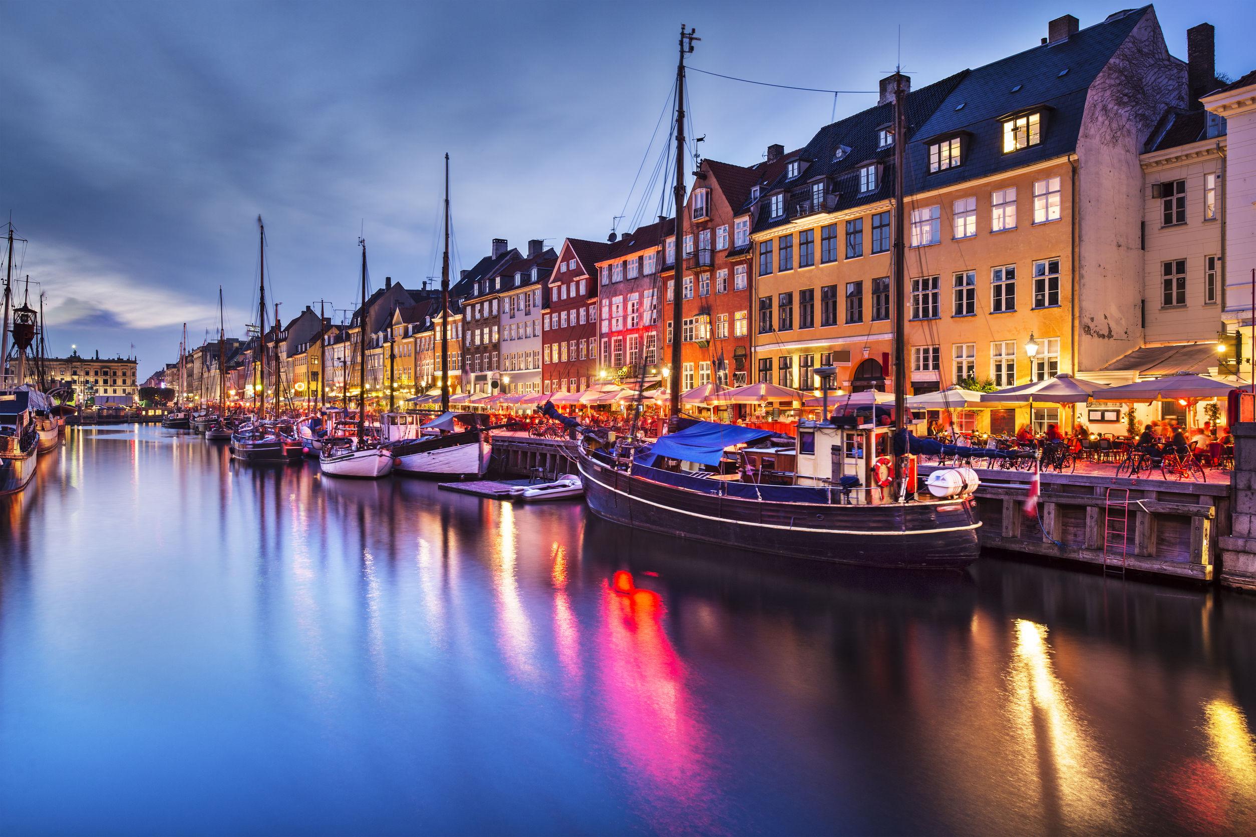 Download Wallpaper Awesome Cityscape Wallpaper Copenhagen 2508x1672