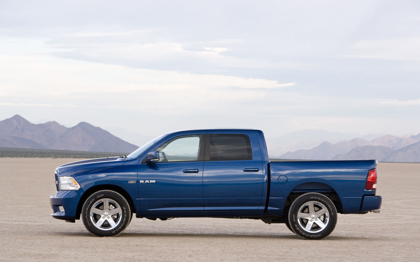 Dodge Ram 1500 Wallpaper 4212 Hd Wallpapers in Cars   Imagescicom 1680x1050