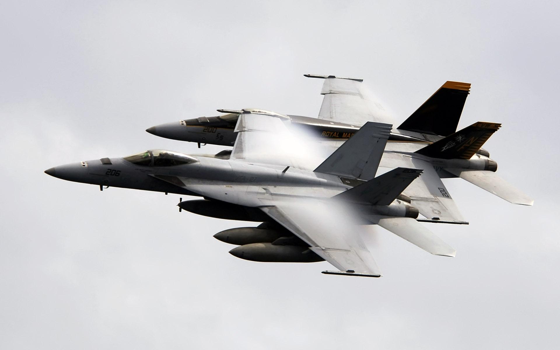 Fighter Jet HD Wallpaper fromwallpaperhighdefinationblogspotcom 1920x1200