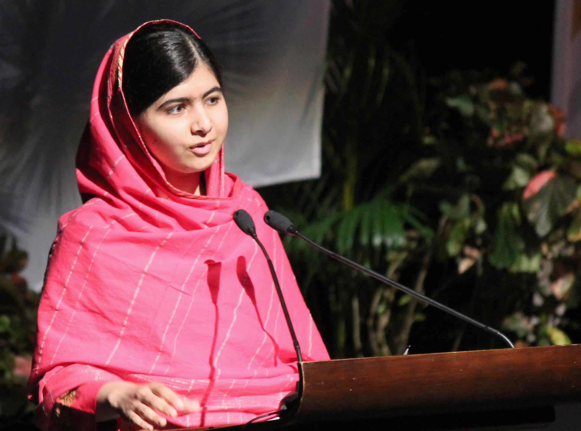 Malala Yousafzai Wallpaper 4   1920 X 1424 stmednet 1920x1424