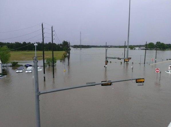 texas houston flooding texas houston pictures flooding texas houston 597x442