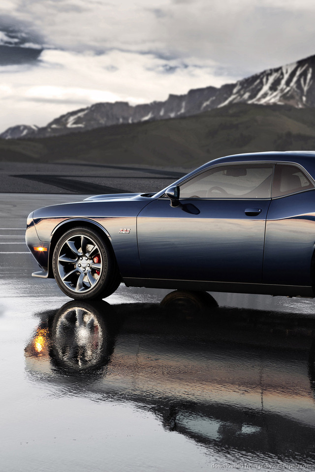 Dodge Challenger Iphone Wallpaper Wallpapersafari