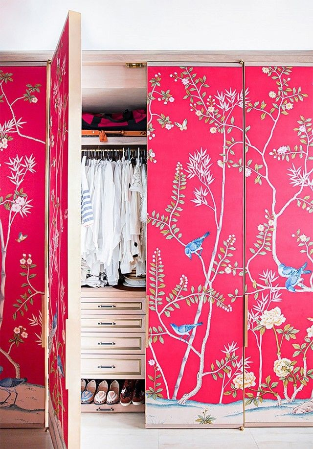 14 Wallpaper Moments That Made Us Melt Dream Closets and 640x917