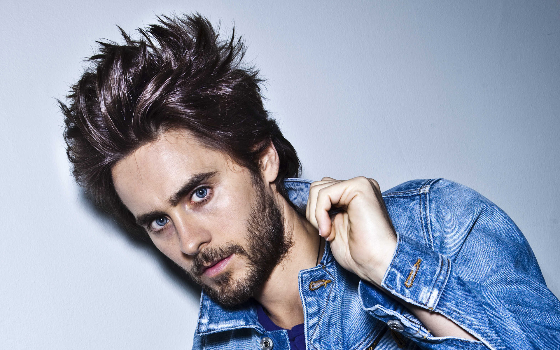 Free Download Stylish Hollywood Actor Jared Leto Wallpaper