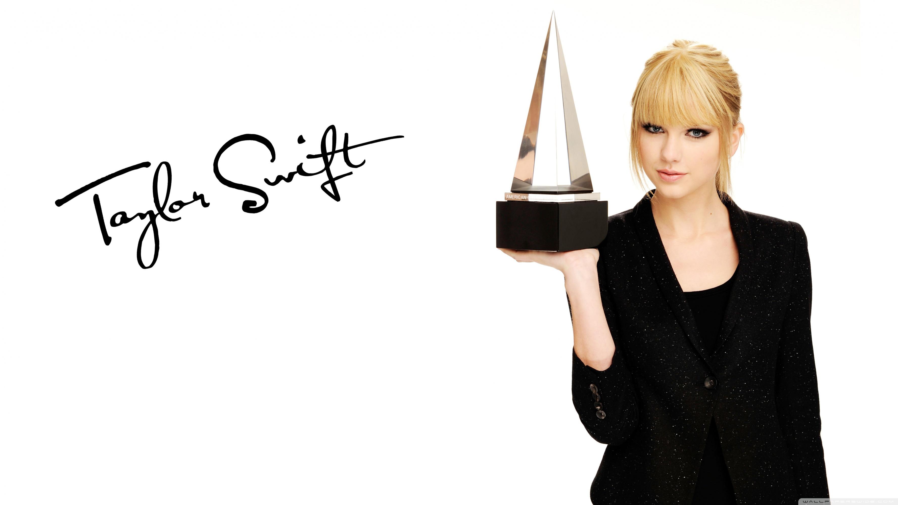 Taylor Swift American Music Awards 4K HD Desktop Wallpaper for 3554x1999