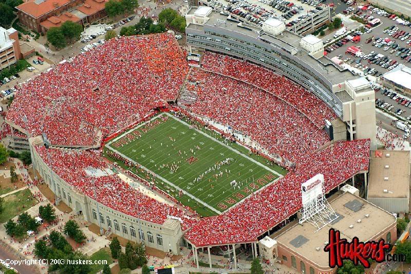 Husker Stadium Picture 800x533