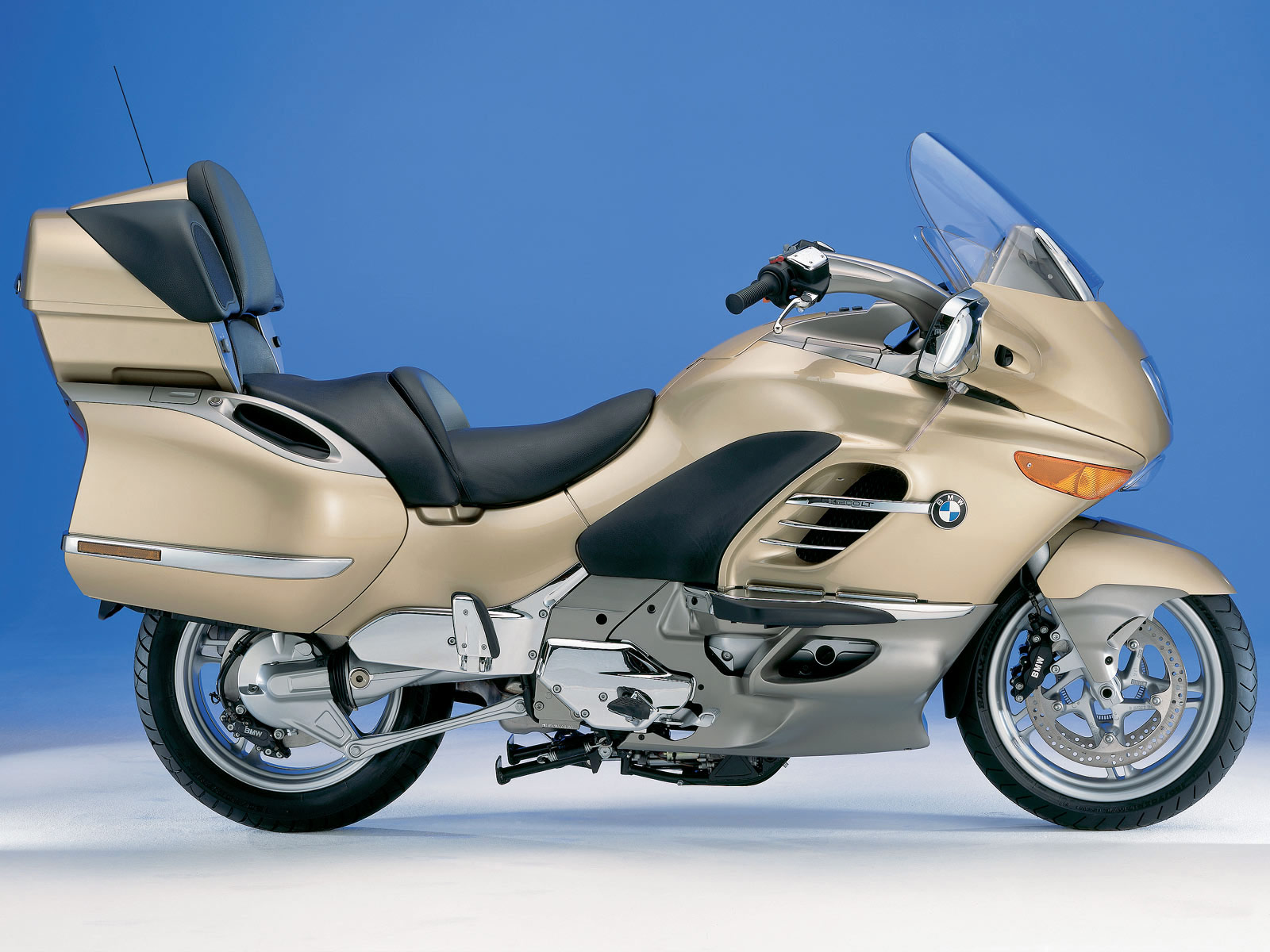 2004 BMW K1200LT motorcycle wallpaper accident lawyers info 1600x1200