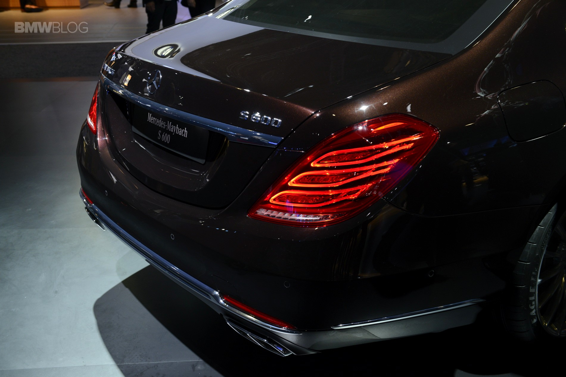 Mercedes Maybach S600 Wallpapers HD Download 1900x1268