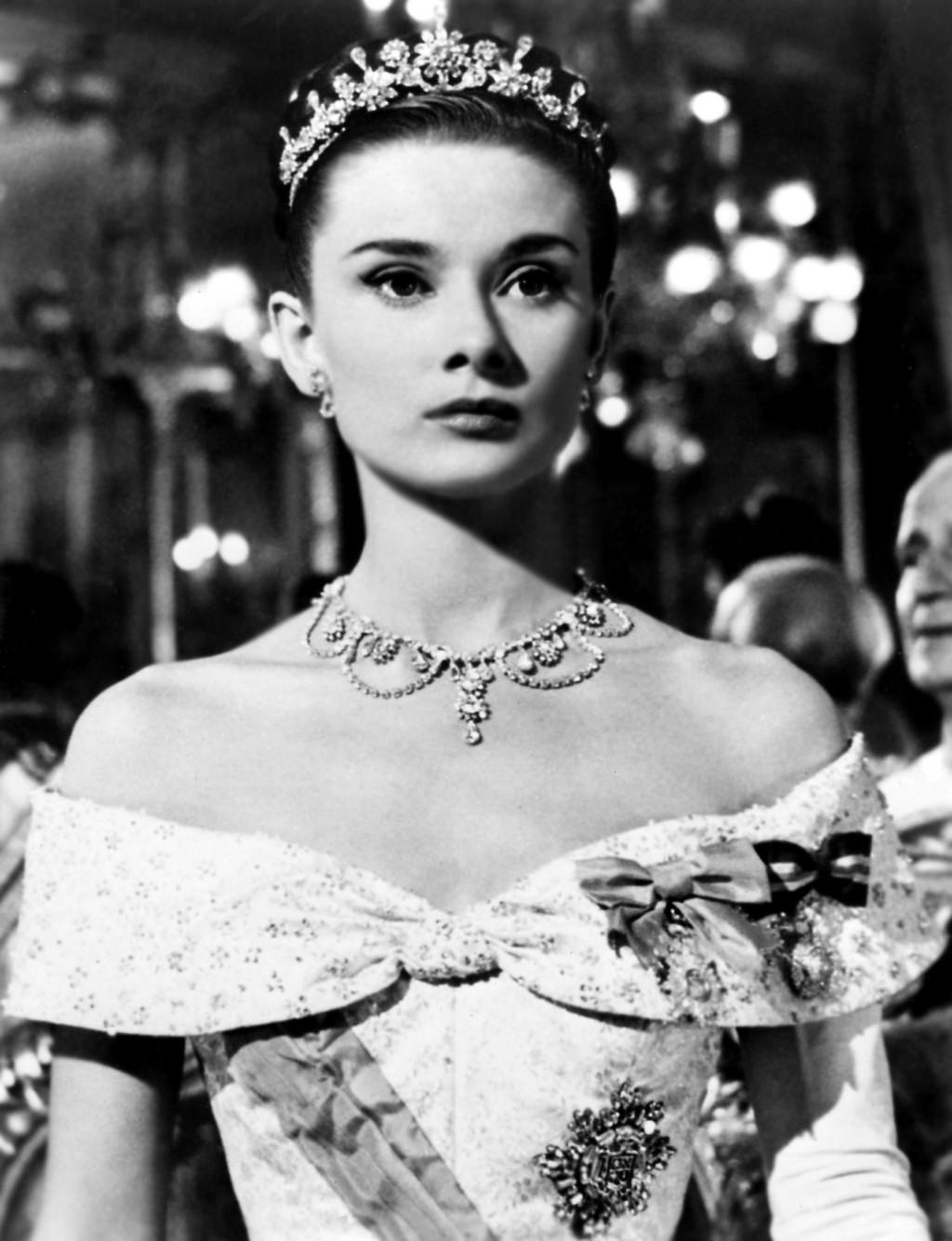 Audrey Hepburn Tiara HD Wallpaper Celebrities Wallpapers 1024x1335