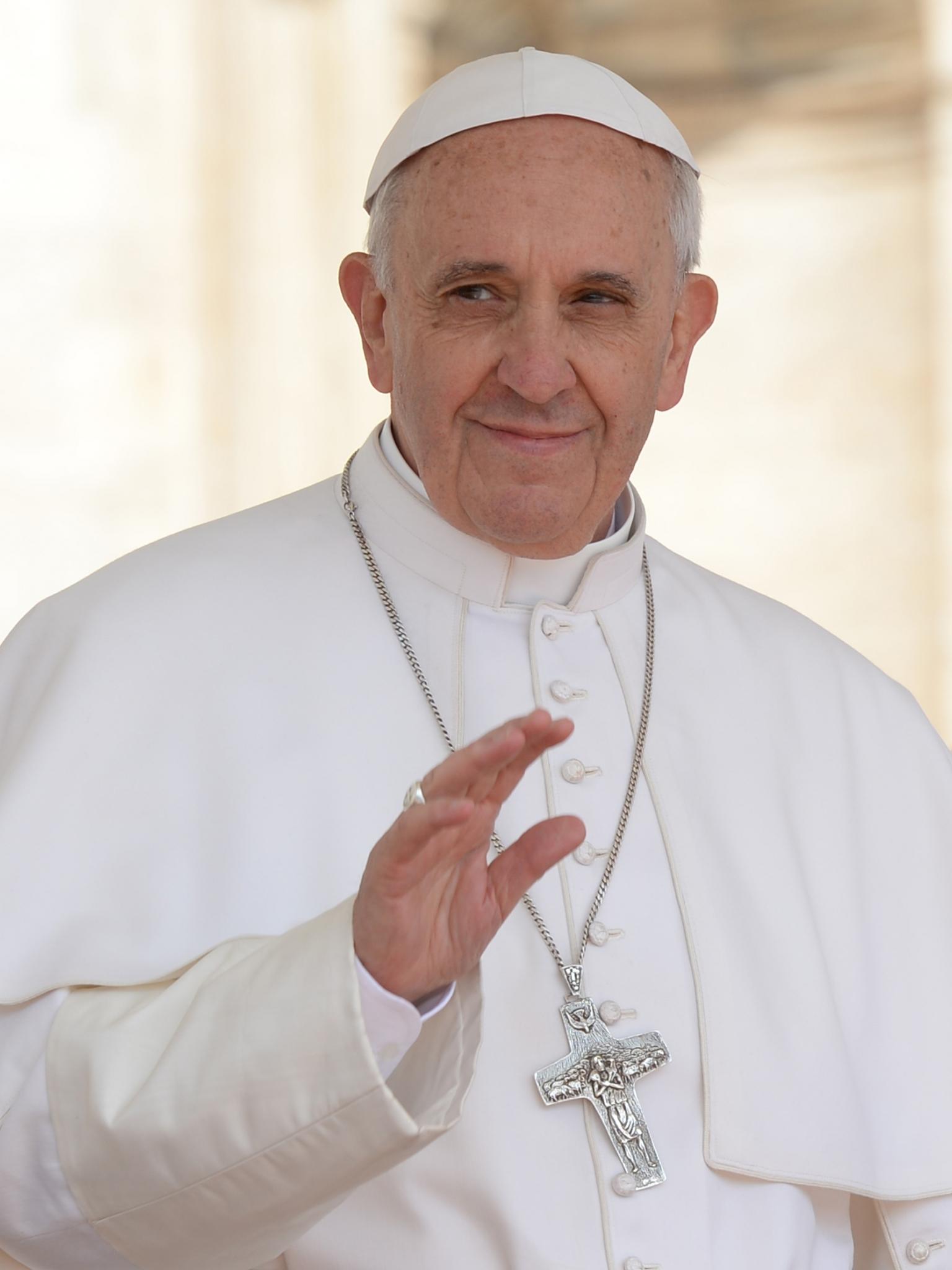 download Pope Francis God Lights [2362x2225] for your Desktop 1536x2048