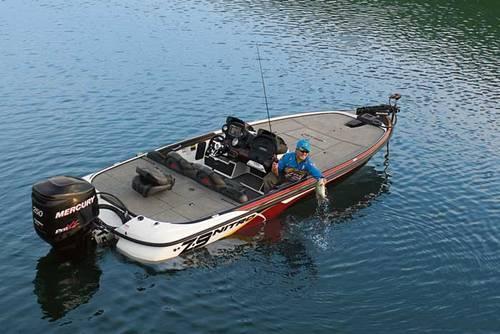 NITRO Boats Press Room New Boats Motors NITRO Z 9 CDC 500x334