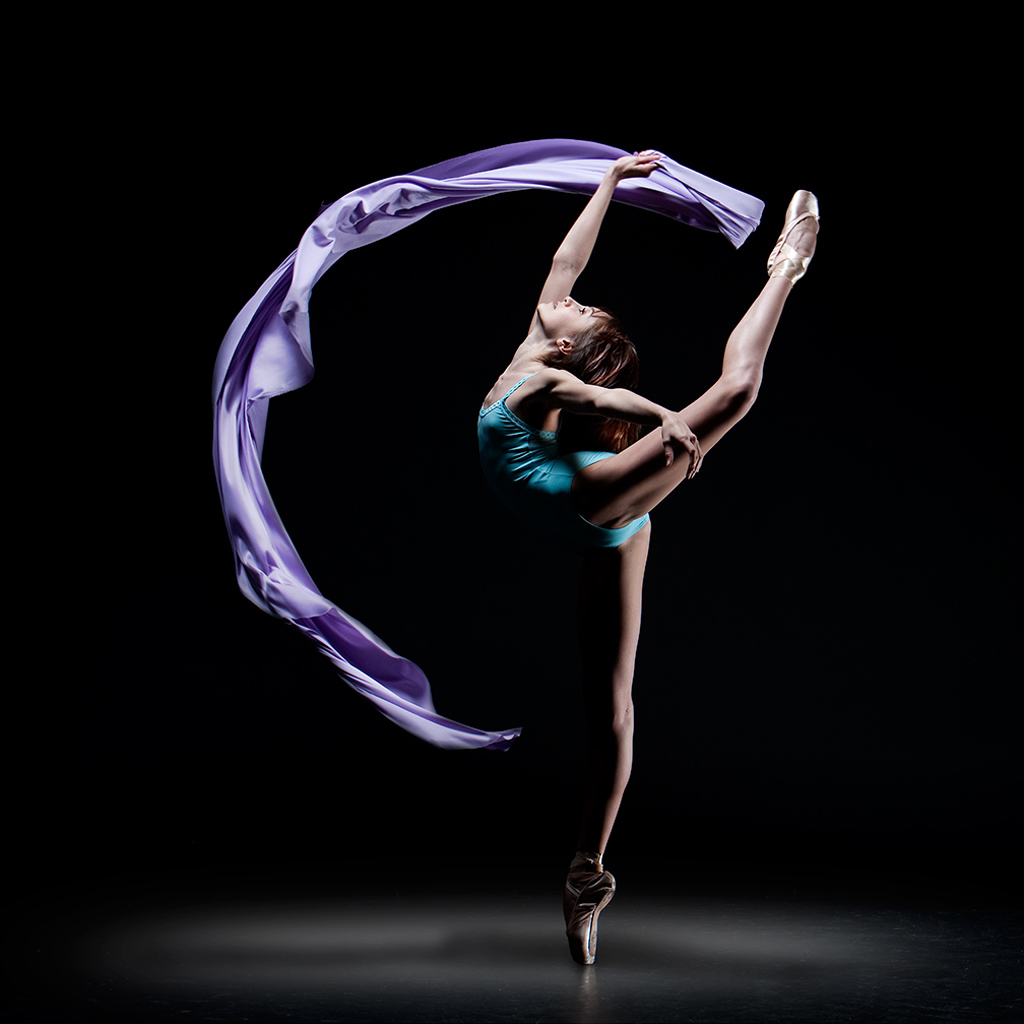 Wallpapers Pack of iPad WOD April 2012 ballet iPad Wallpapers 1024x1024