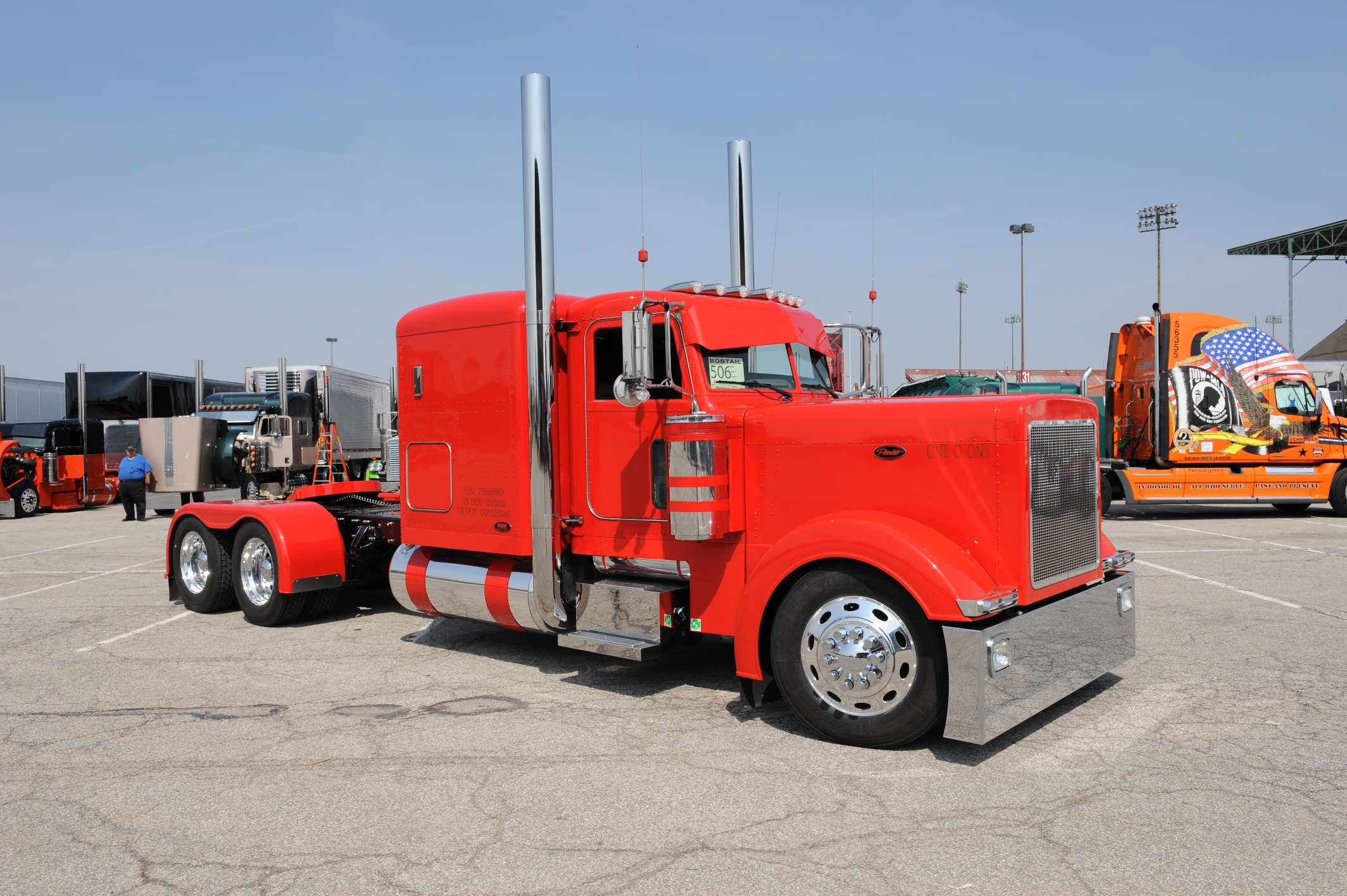 Custom Semi Trucks Wallpapers   Viewing Gallery 2128x1416