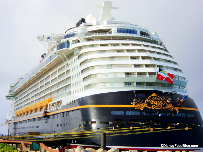 Wallpaper Disney Dream Cruise Ship 800x600