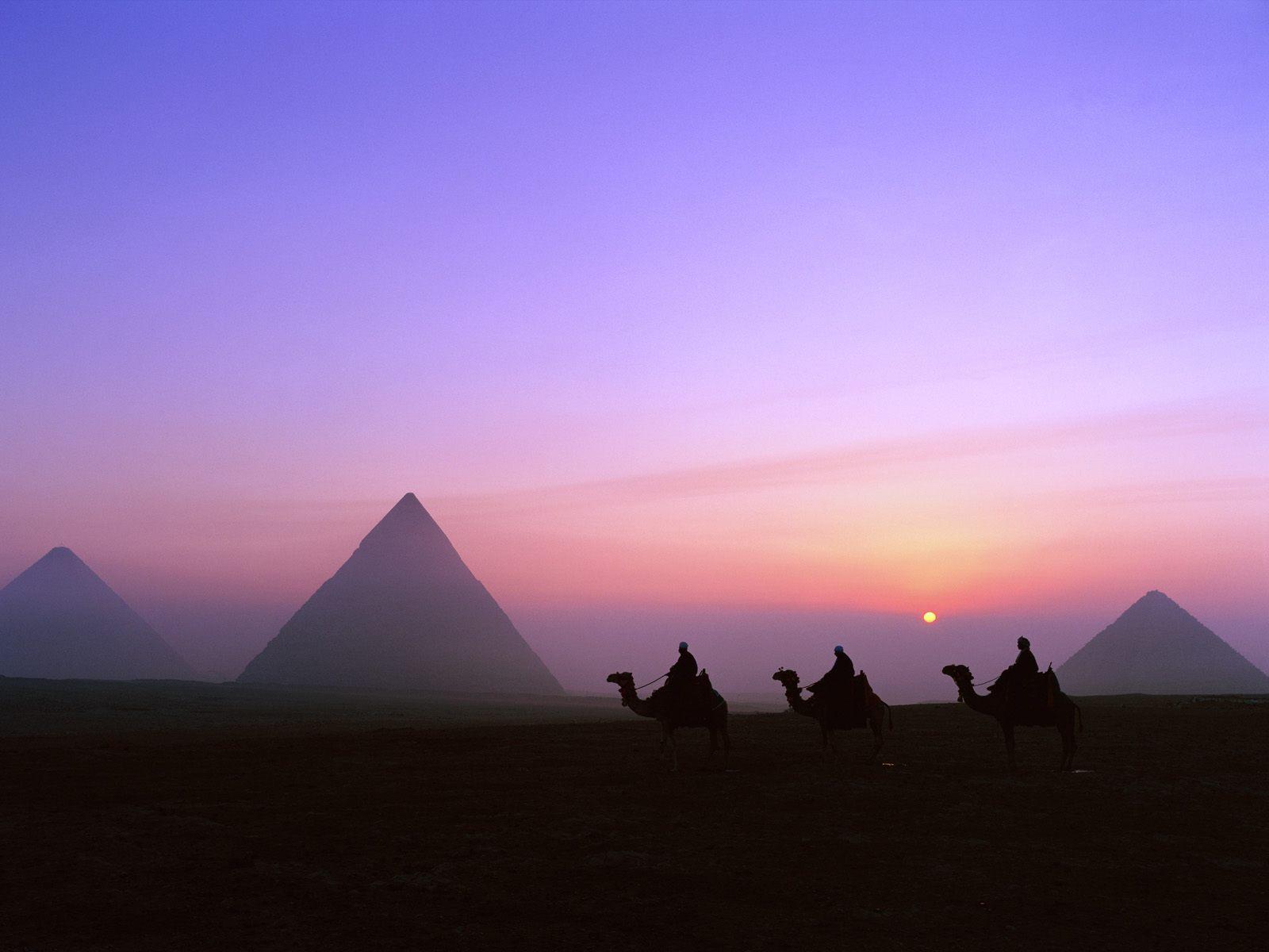 Great Pyramid of Giza   The Pyramid of Cheops Khufu 1600x1200