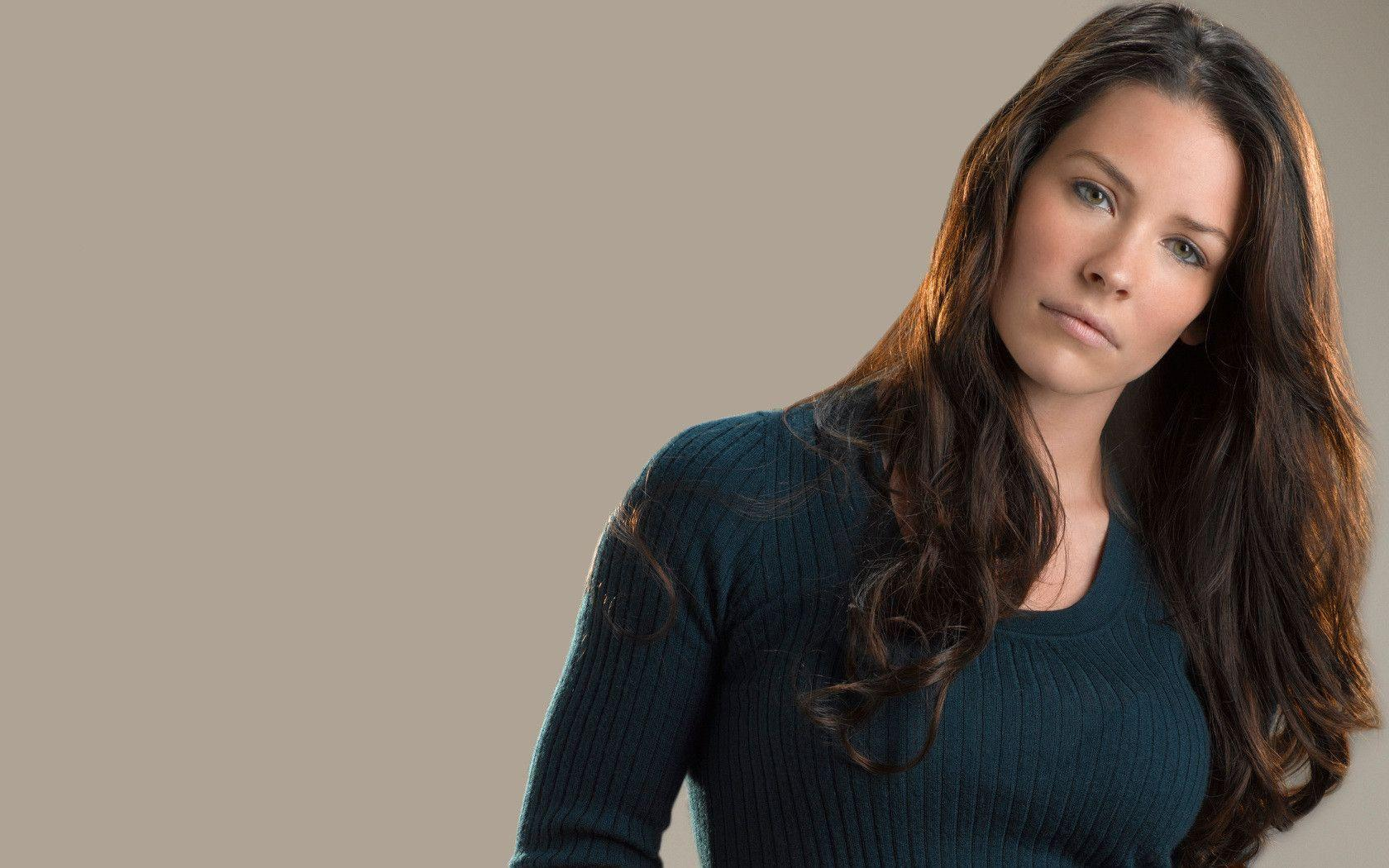 Evangeline Lilly Wallpapers 1680x1050