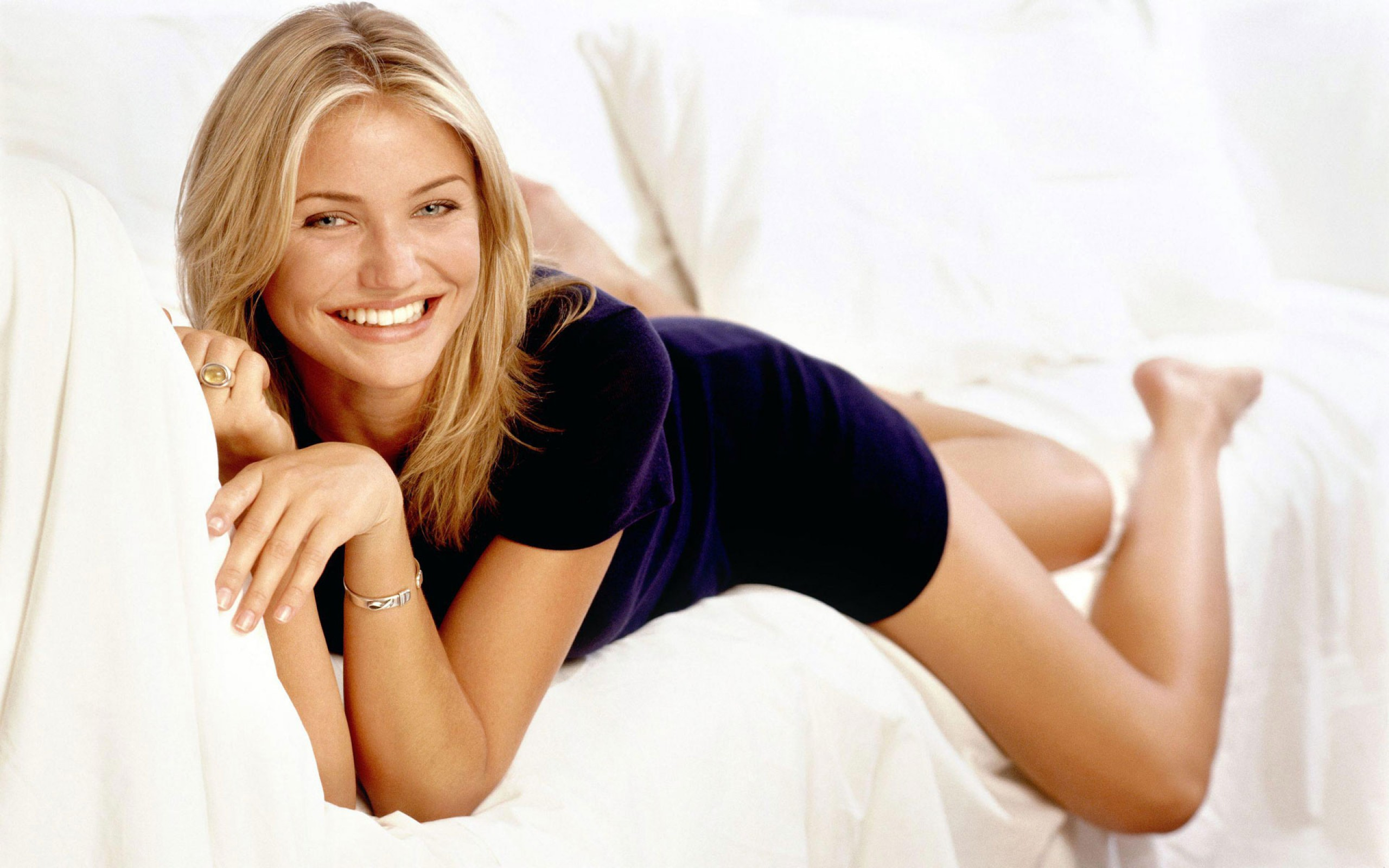 Cameron Diaz 17 Hollywood Actress Wallpapers 2560x1600