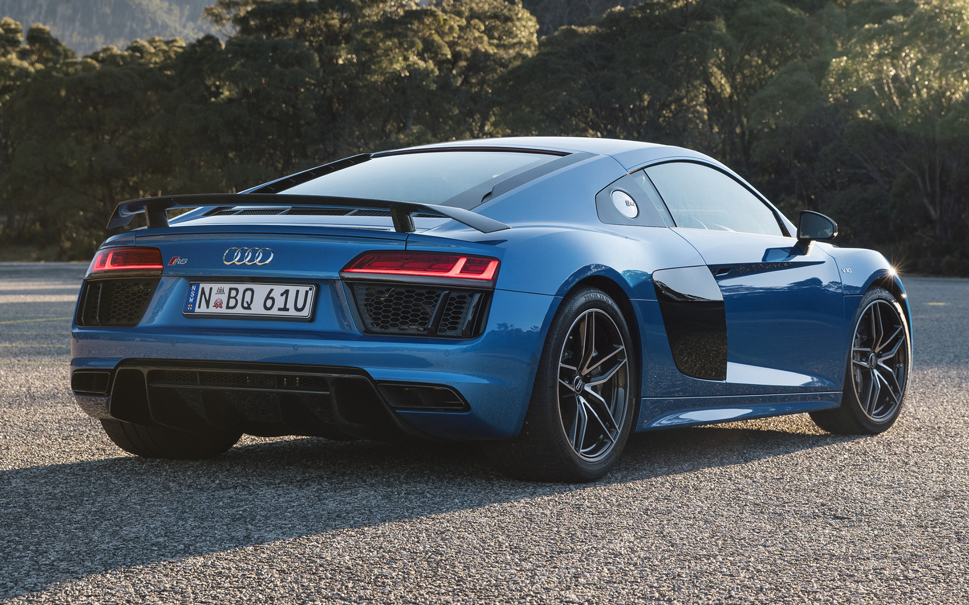 Audi R8 V10 plus 2016 AU Wallpapers and HD Images   Car 1920x1200