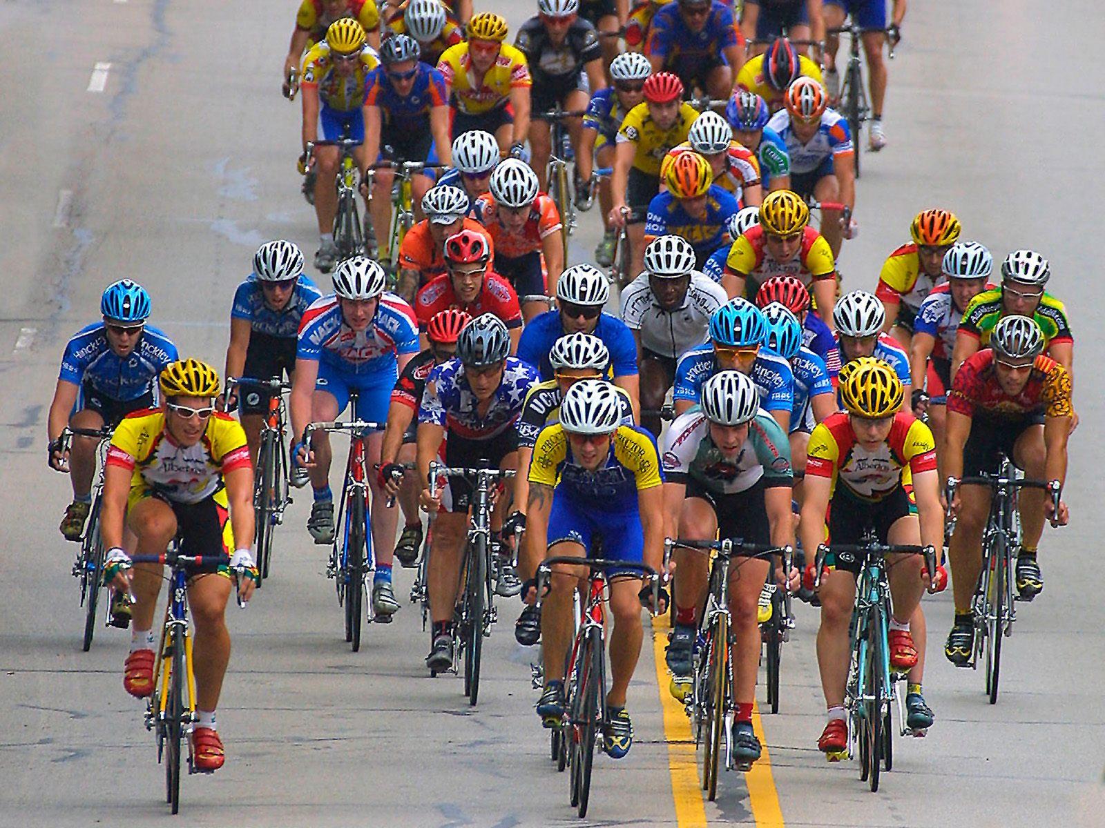 International Bike Race Downers Grove Illinois   Sports Photography 1600x1200