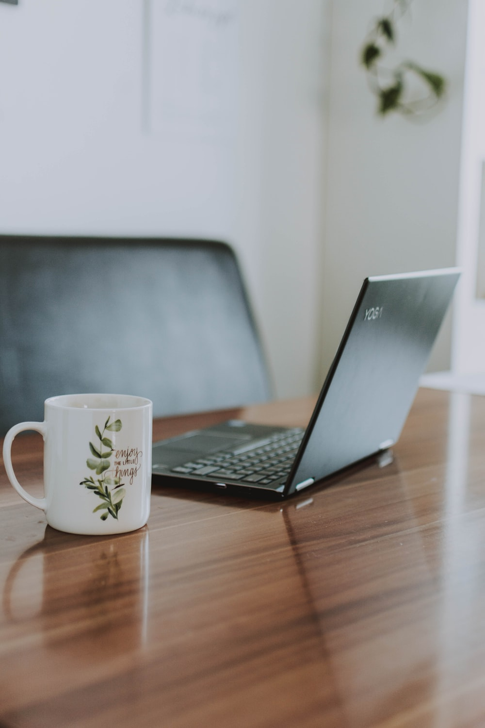 Coffee Laptop Pictures Download Images on Unsplash 1000x1500