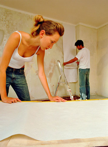 Preparation   Make sure that the bare wall is sound clean and dry 367x500