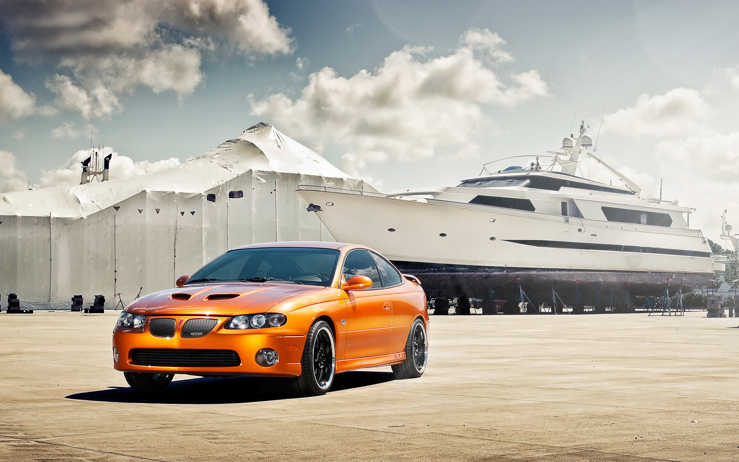 Pontiac GTO wallpapers and images   wallpapers pictures photos 2560x1600