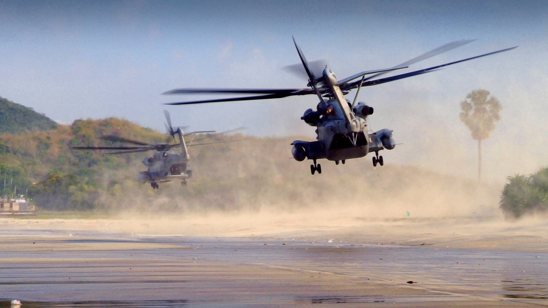 world war 1 helicopters with Military Helicopter Wallpaper on 8229 moreover 2337320 as well 10 Great Films Set Jungle together with 345710 furthermore 6089.