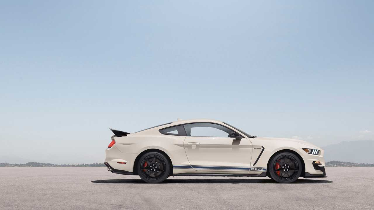2020 Shelby GT350 And GT350R Get Striking Heritage Edition Pack 1280x720
