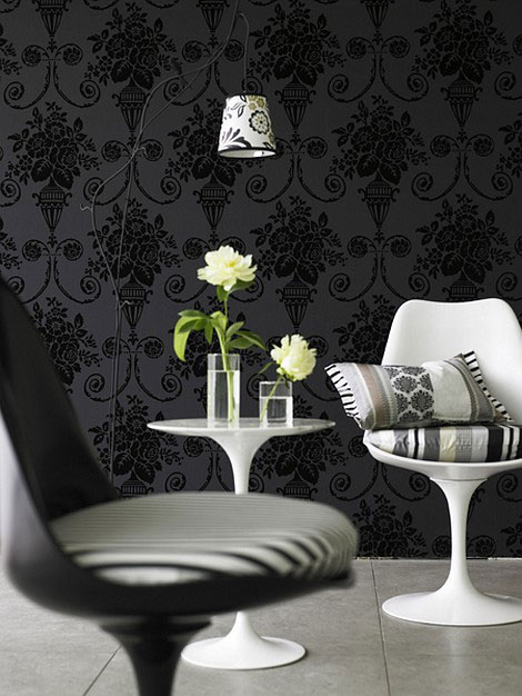 black wallpaper decor floral motifs 470x626