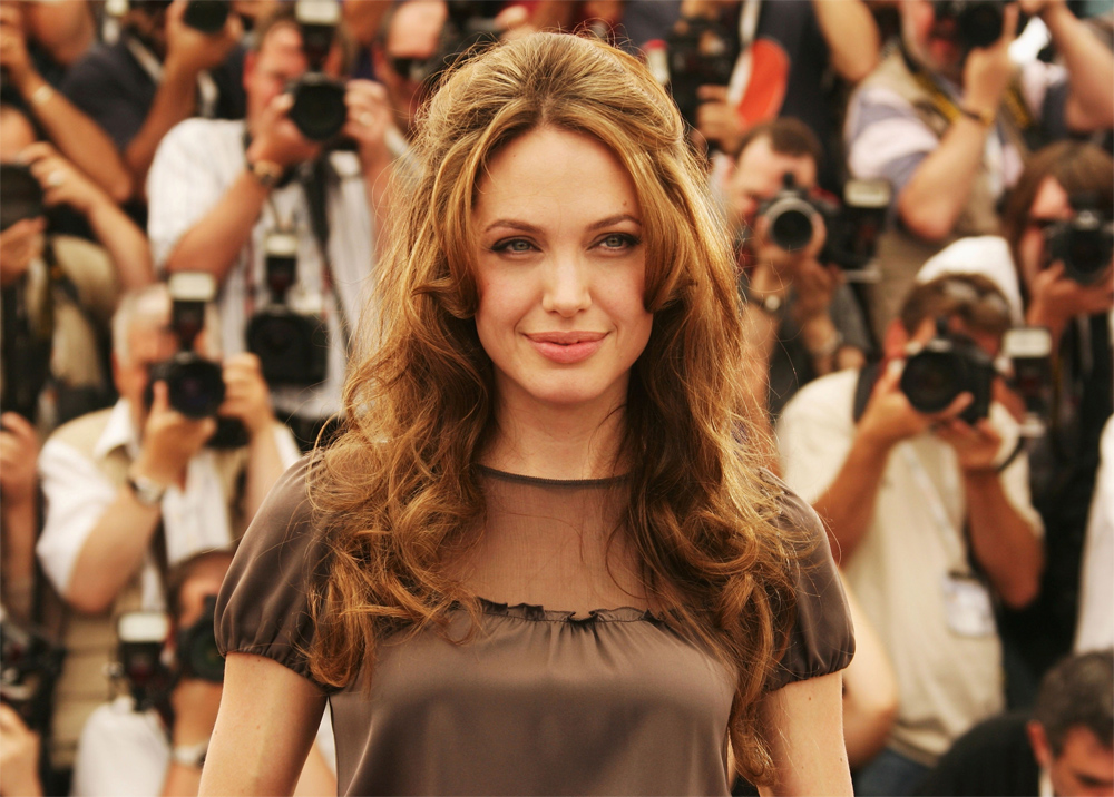 15 Beautiful Hollywood Celebrity Wallpapers for Girls   YusraBlogcom 1000x716
